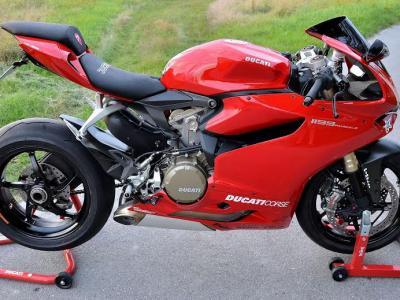 Ducati Panigale motorülés készítés